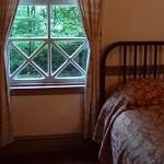 寝室が臭い原因は加齢臭かも?対策ポイントは換気以外にあった!