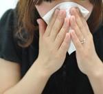 鼻をかむと耳がこもる?耳抜きのやり方と中耳炎の見分け方