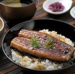 うなぎ蒲焼の温め方レンジでふっくらさせるには?美味しい食べ方ガイド